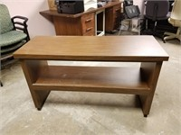(25) Side Table ($20 Reserve)