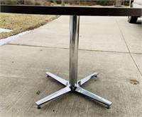 4 ft Round Top Table w/ Heavy Duty Chrome Base