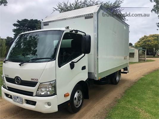 2011 Hino 300 616 - Trucks for Sale