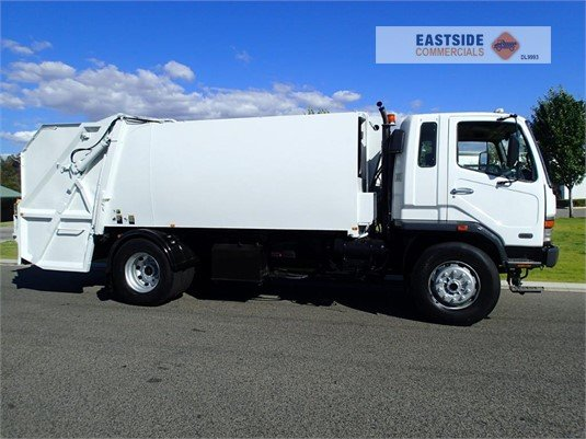 2001 Mitsubishi FM10 Eastside Commercials  - Trucks for Sale