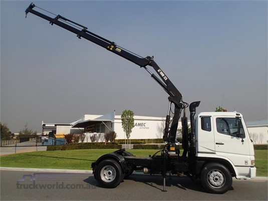2001 Mitsubishi Fuso FP547G2W - Trucks for Sale