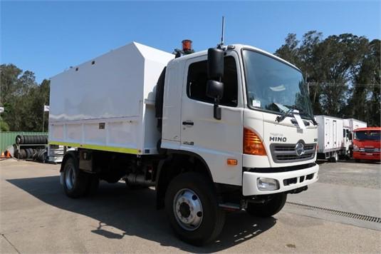 2008 Hino FT 4x4 - Trucks for Sale