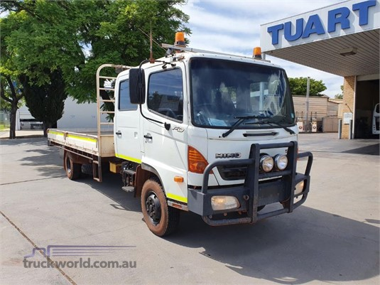 2006 Hino FD - Trucks for Sale