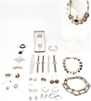 May 30th Saturday Antique, Gun, Jewelry, Coin Auction