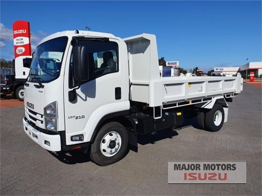 2020 Isuzu FRR Major Motors  - Trucks for Sale