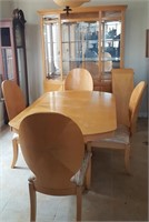 L - MIDCENTURY MODERN DINING TABLE, CHAIRS & HUTCH