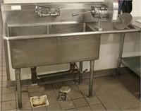 John Boos Model E2S8-18-12R18-X double well sink