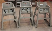 3 Rubbermaid high chairs & 2 booster seats