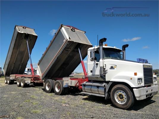 2007 Mack Trident Wheellink - Trucks for Sale