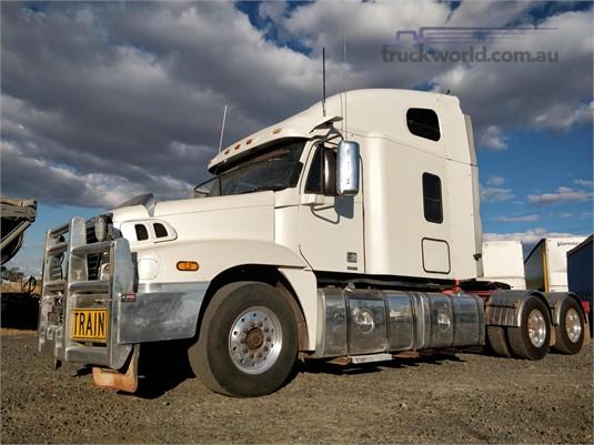 2006 Freightliner CENTURY 120 Wheellink - Trucks for Sale