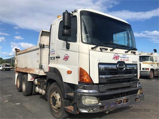 2007 Hino 700 1913 - Trucks for Sale