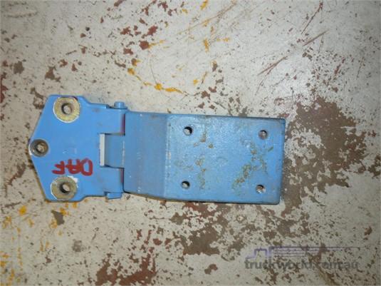 0 Daf Xf Door Hinges - Parts & Accessories for Sale