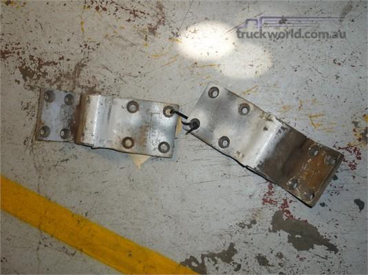 0 International Door Hinges - Parts & Accessories for Sale