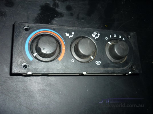 0 DAF 9041702667 Heater Control - Parts & Accessories for Sale