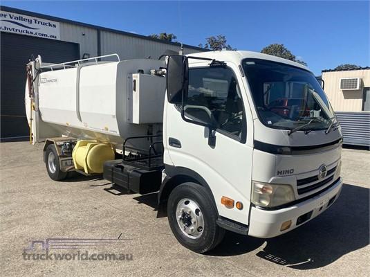 2009 Hino 300 Series 816 - Trucks for Sale