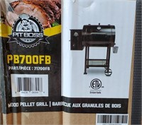 C - NEW IN BOX PITBOSS PB7OOFB WOOD PALLET GRILL