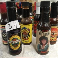 34 - LOT OF CHILE SAUCE - SEE PICS (3)
