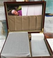 34 - BEAUTIFUL CREMATION BOX - SEE PICS