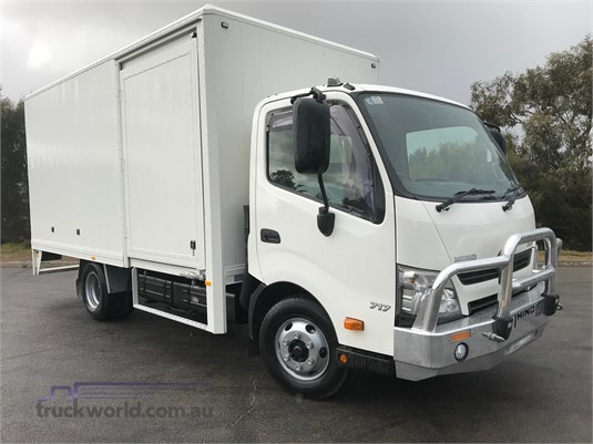 2013 Hino 300 Series 717 - Trucks for Sale