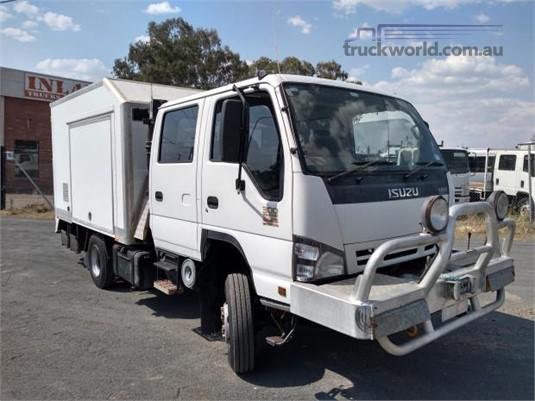 2006 Isuzu NPS 300 4x4 - Trucks for Sale