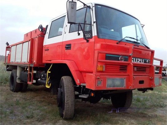 1995 Isuzu FTS 700 - Trucks for Sale