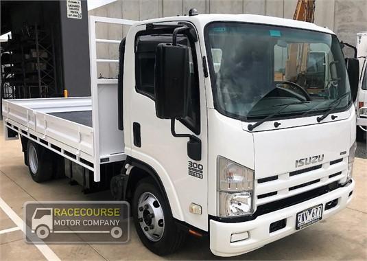 2010 Isuzu NPR300 Racecourse Motor Company  - Trucks for Sale