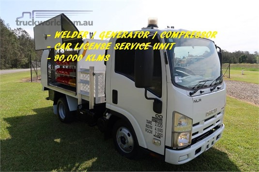 2010 Isuzu NLR 200 Short AMT - Trucks for Sale