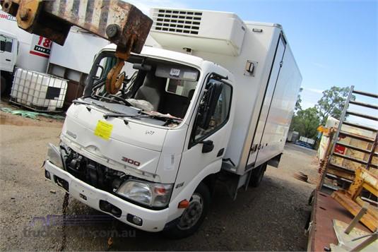 2014 Hino Dutro - Wrecking for Sale