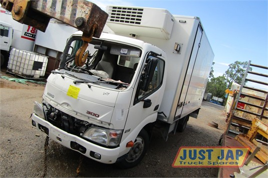 2014 Hino Dutro Just Jap Truck Spares - Trucks for Sale