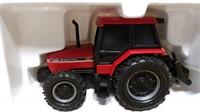 Ertl Case IH 5130 Battery Op Tractor