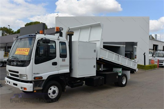 2006 Isuzu FRR 500 East Coast Truck and Bus Sales - Trucks for Sale