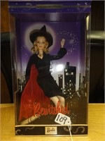 Bewitched collector edition Barbie 2001