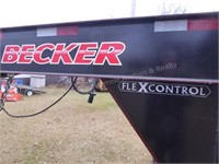 Becker flex control gooseneck tandem axle