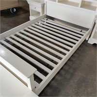 White Wooden Bedroom Set