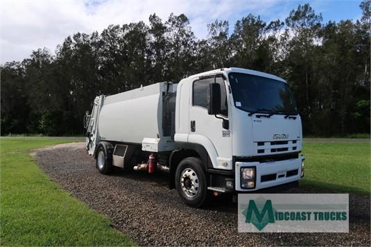 2013 Isuzu FVD 1000 Midcoast Trucks - Trucks for Sale