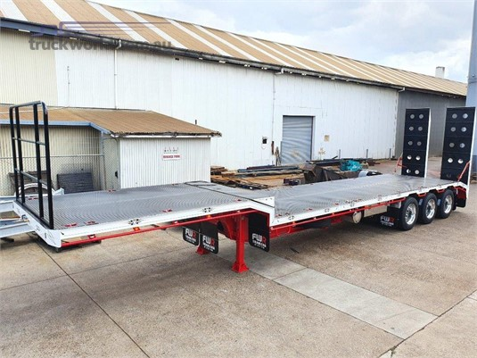 2020 FWR Tri Axle - Trailers for Sale