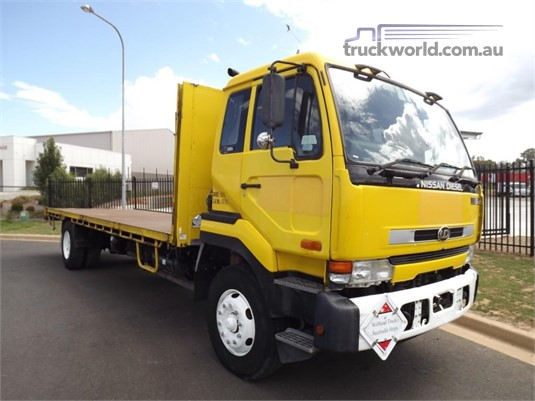 2002 UD CK330E - Trucks for Sale