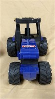 Blue Tonka 4773 plastic tractor with cab