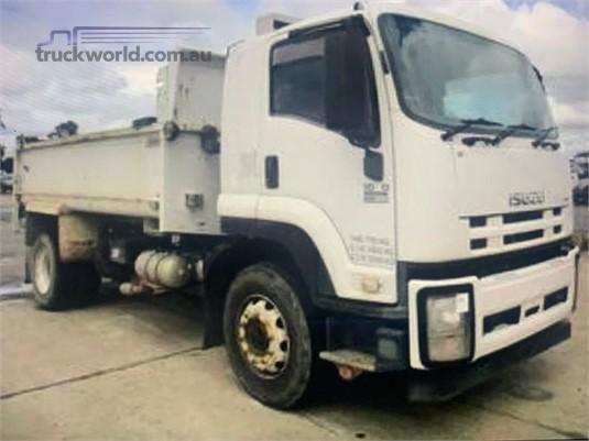 2011 Isuzu FVD1000 - Trucks for Sale
