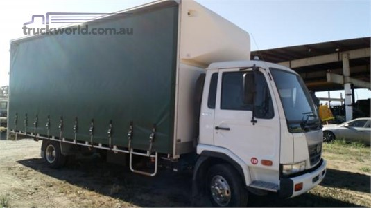 2009 UD other - Trucks for Sale