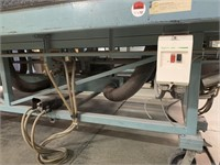Pneumatic Glass Cutting Table