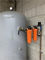 DV SYSTEMS Desiccant Dryer and Storage Tank
