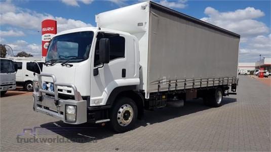 2011 Isuzu FTR 900 - Trucks for Sale