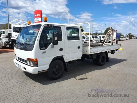 1998 Isuzu NPR 300 - Trucks for Sale