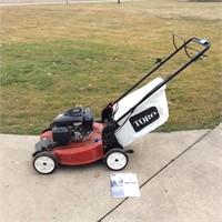 "Toro Recycler Lawn Mower. 6.75 HP, 22"" Cut"