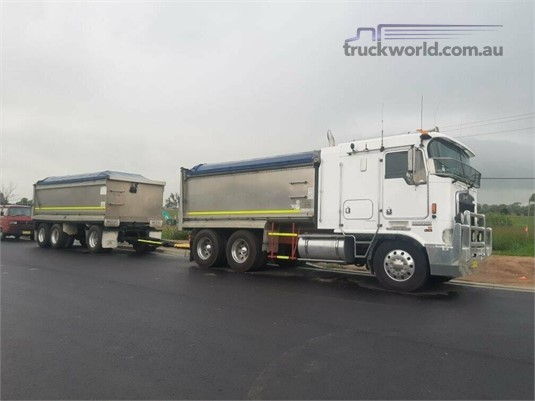 2002 Kenworth K104 - Trucks for Sale