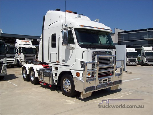 2010 Freightliner other - Trucks for Sale