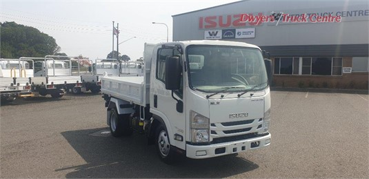 2020 Isuzu NLR 45 150 Tri Tipper Dwyers Truck Centre - Trucks for Sale