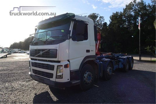 2009 Volvo FM380 - Trucks for Sale