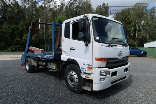 2016 UD PK17 280 Auto - Trucks for Sale